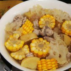 蔬果银耳瘦肉汤