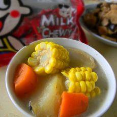 鱼骨红萝卜玉米汤