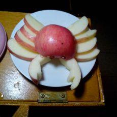 螃蟹苹果果盘