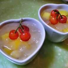 樱桃菠萝银耳汤的做法