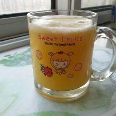 菠萝雪梨苹果汁