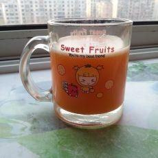 胡萝卜苹果菠萝汁