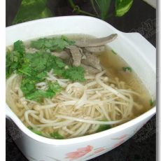 金针菇猪肝汤