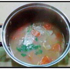 猪腰猪肝番茄汤的做法