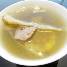 清补凉玉米猪肝汤的做法