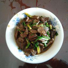 大蒜炒猪肝的做法