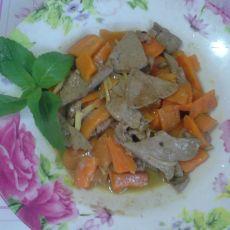 红萝卜炒猪肝的做法