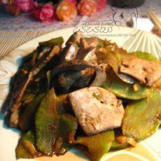 莴笋炒猪肝