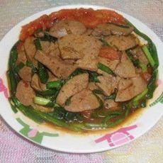 番茄韭菜炒猪肝
