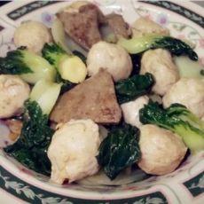 小白菜炒肉丸猪肝