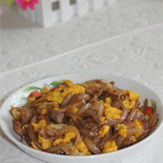 洋葱鸡蛋炒肉丝的做法