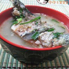 胡椒鲫鱼汤的做法