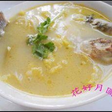 清炖鲫鱼汤的做法