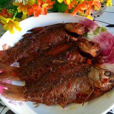 酱香酥鲫鱼的做法