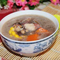 胡萝卜玉米鲫鱼汤的做法
