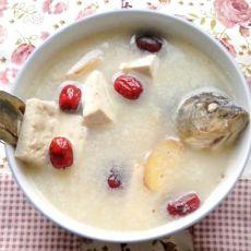 红枣豆腐鲫鱼汤的做法