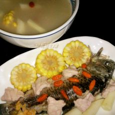 粟米淮山鲫鱼汤