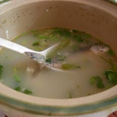 青椒鲫鱼汤