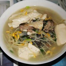 芽菜豆腐鲫鱼汤[原创首发]
