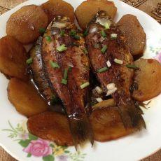 野生鲫鱼烧土豆