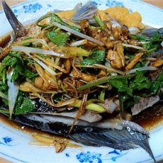 沙姜蒸鲫鱼的做法