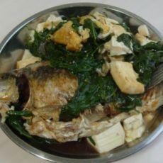 鲫鱼青菜炖豆腐的做法