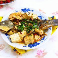 鲫鱼烧豆腐