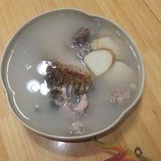 山药鲫鱼猪骨汤的做法