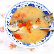 番茄鲫鱼汤