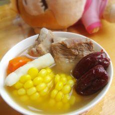 红枣玉米排骨汤