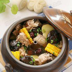 玉米香菇汽锅排骨