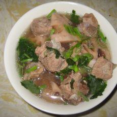 枸杞排骨藕汤