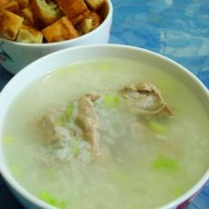 孕妈妈的家常饮食--排骨糯米粥