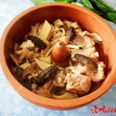 汽锅排骨海参――原汁原味的做法