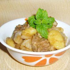 排骨焖土豆的做法
