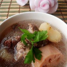 马蹄莲藕排骨汤