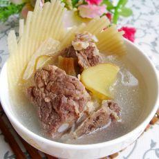 鱼翅骨煲排骨汤