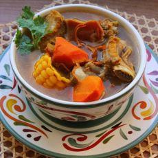 煲排骨虫草花玉米靓汤的做法