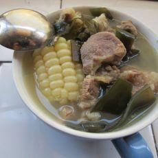 排骨玉米海带汤