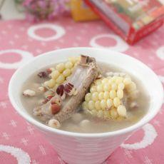 芡实玉米排骨汤的做法