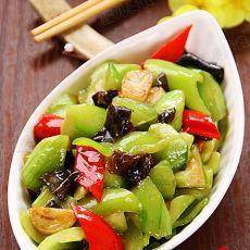 青红椒木耳蚝油炒丝瓜的做法