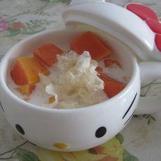 木瓜银耳炖奶