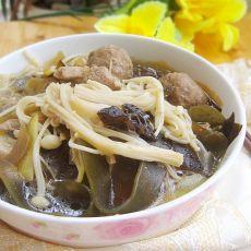 金针菇牛肉丸汤煲的做法