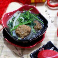 炖白萝卜莲藕丸子汤的做法
