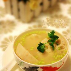 莲藕野生鱼汤的做法
