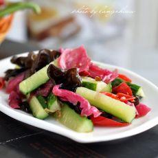 泡菜黄瓜炒木耳的做法