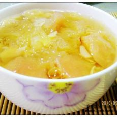 梨子百合银耳汤的做法