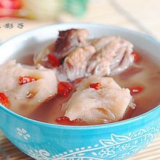 莲藕猪骨汤的做法