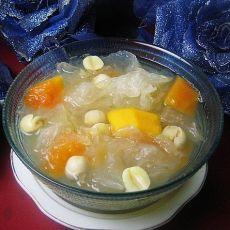 木瓜莲籽银耳汤的做法