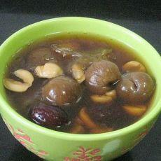 银耳莲子红枣桂圆汤